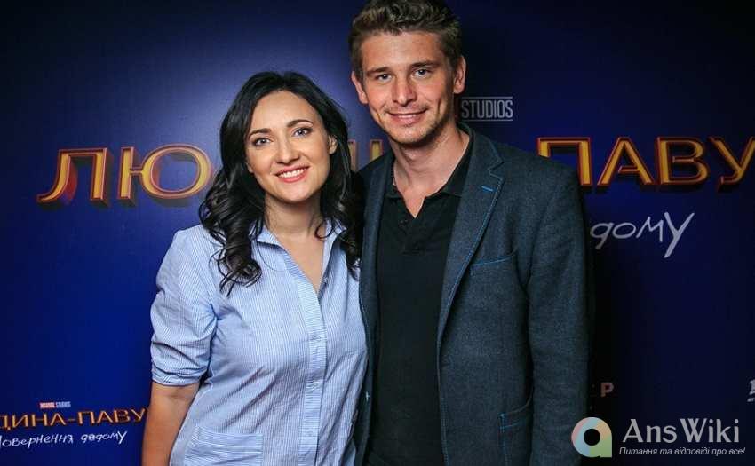 Соломія Вітвіцька з чоловіком