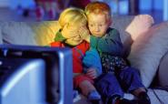 З якого віку дитині можна дивитися мультики?